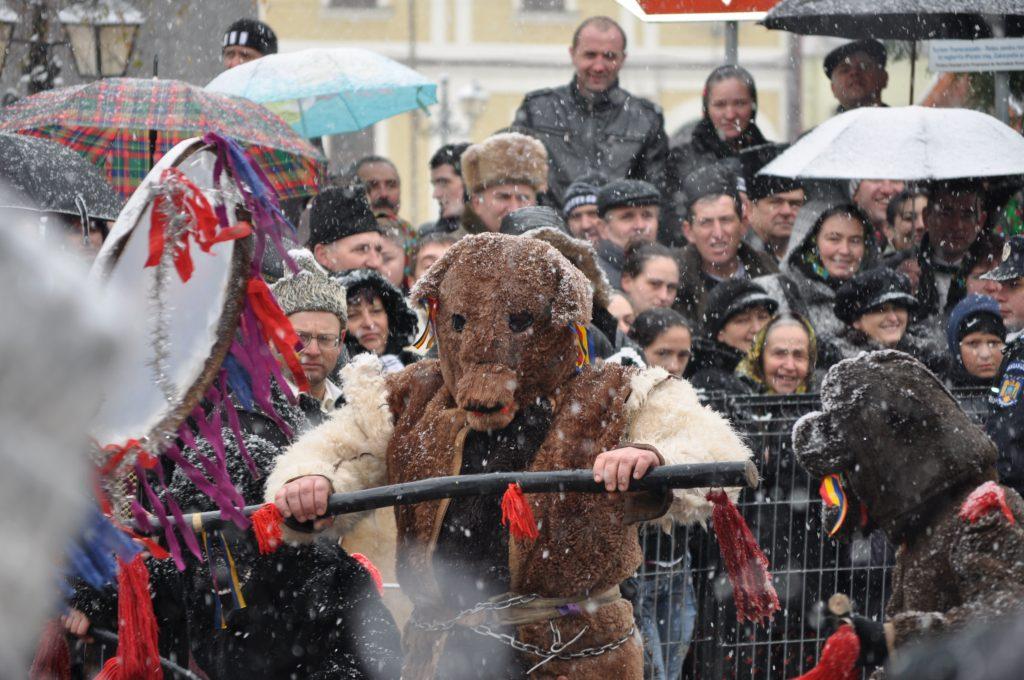 festivalul datini obiceiuri